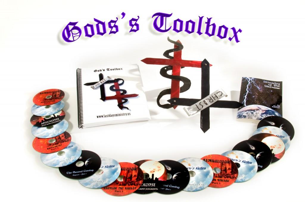 Gods-toolbox-0954B-WEB