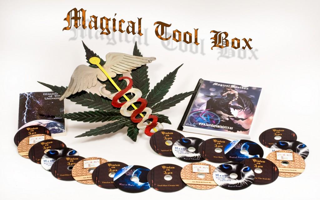 Magical-Tool-0856-WEB